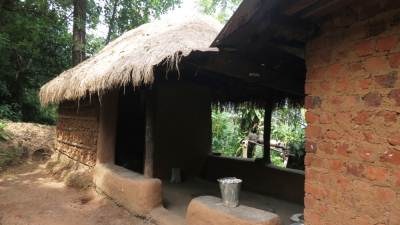 Traditional house at Galamuduna
