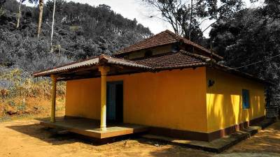 image house of yahalamaditta temple