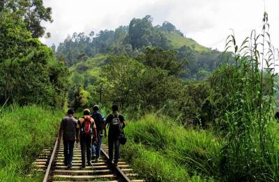 towards Porogala while returning to bandarawela