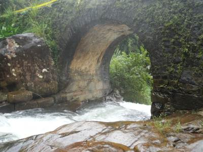 Extreme corner arch with water rushing through