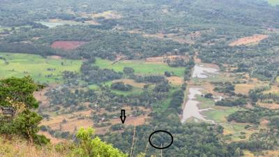 Circle shows Menikdena forest reserve and archeology site is situated there. Menikdena Tank is nearby.  Black arrow shows the path we came