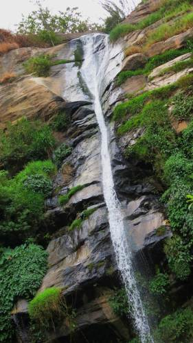 Middle part of Ravan Falls. It flows to Uma Oya