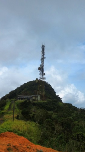 Sooriyakanda peak (1310m) is behind SLT tower