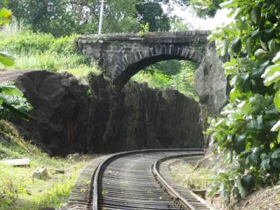 The Kudira bridge we could see similar to the one at Watagoda