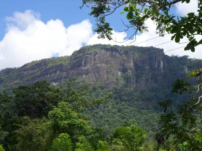 Kiribathgala range as seen from Wanniyawatta @ start of the hike… The great rock is the one I mentioned earlier…