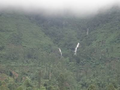 Hollangala Falls No. 1 seen from the road. She too is a twin fall but not so visible in the dry season
