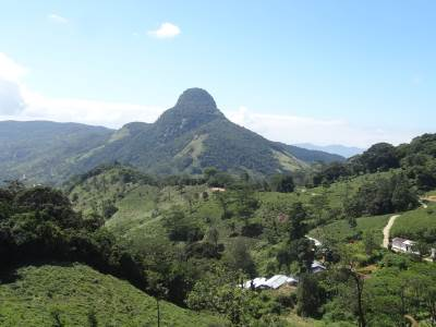 Medamahanuwaragala seen From Hunnasgiriya- Loolwatta road