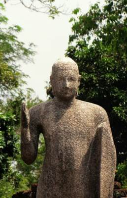 the statue of budhdha