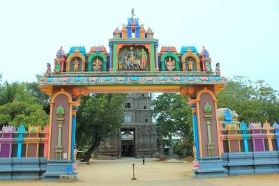 Entrance to Naguleswaram Kovil. Premises is under renovation.