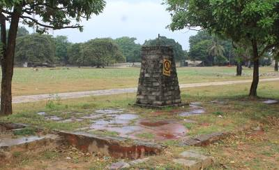 Mass grave of 300 Army soldiers who lost their lives in the battle at Jaffna fort