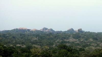 kudumbigala seen from bambaragasthalawa