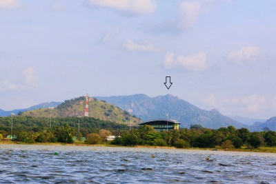 Dambulla cricket stadium and Yakkurugala (යක්කුරුගල) are shown by the arrow