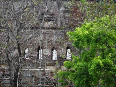 Windows of the upper floor of Lankathilaka