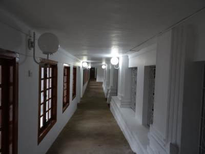 Corridor towards the rear