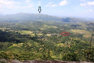 Black arrow-Gedaragalapathana (ගෙදරගල්පතන)-759m and red arrow-Naula town with play ground