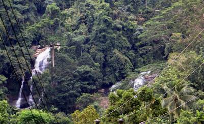 Madanagiri Falls (left hand side) and Pandi Oya Falls (right hand side)