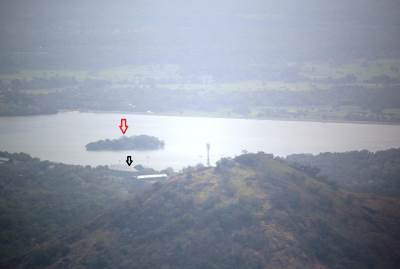 Ibbankatuwa (ඉබ්බන්කටුව) Lake. Red arrow shows Pleasure Island (refer trip report http://trips.lakdasun.org/fun-at-pleasure-island.htm) and Black arrow shows Dambulla cricket stadium.