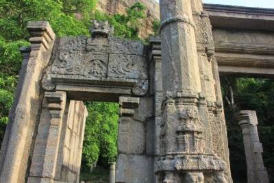 Stone carvings of wahalkada