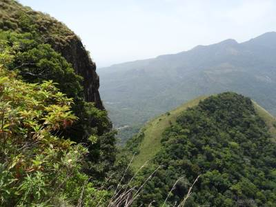 Edge of Appalla Pathana and Andirigala below; we had to climb down from Appalla Pathana to Andirigala to reach Meemure
