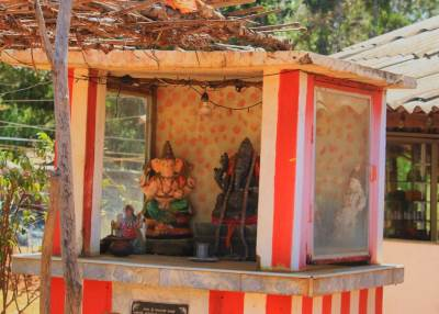"""Ganadewi""-ගණදෙවි shrine where they give herbal drink Dansala"
